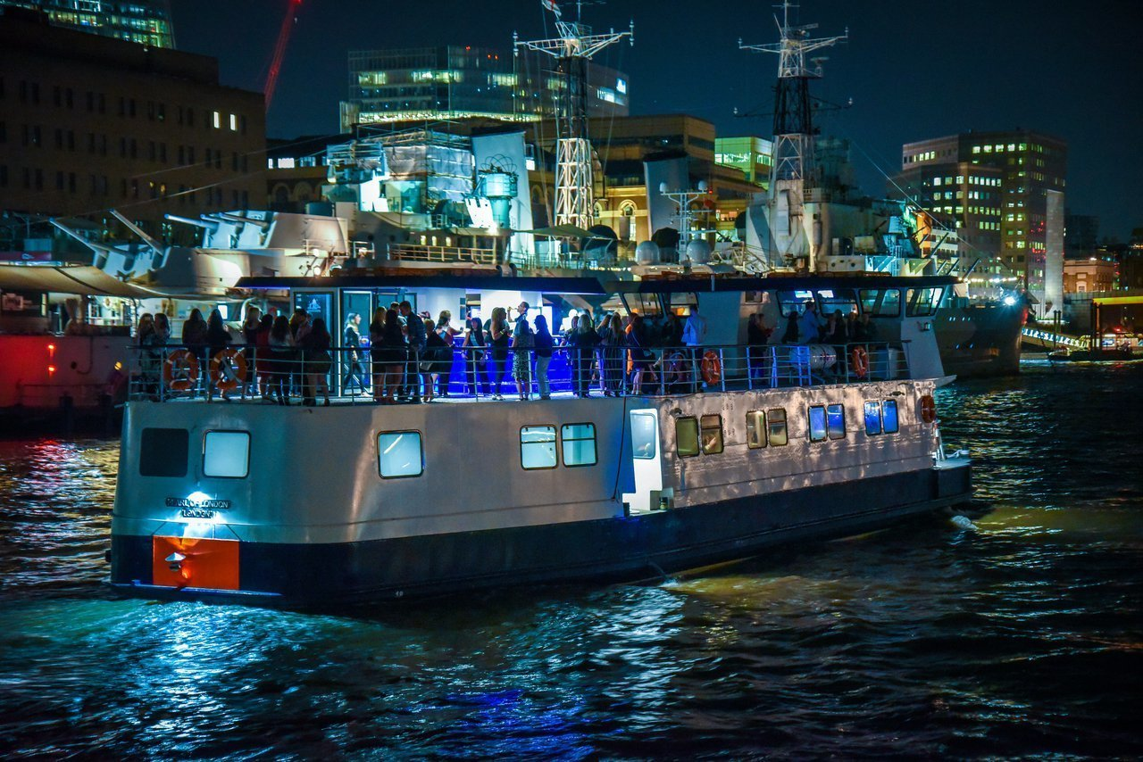 Christmas Boat Party London.Mv Pearl Of London
