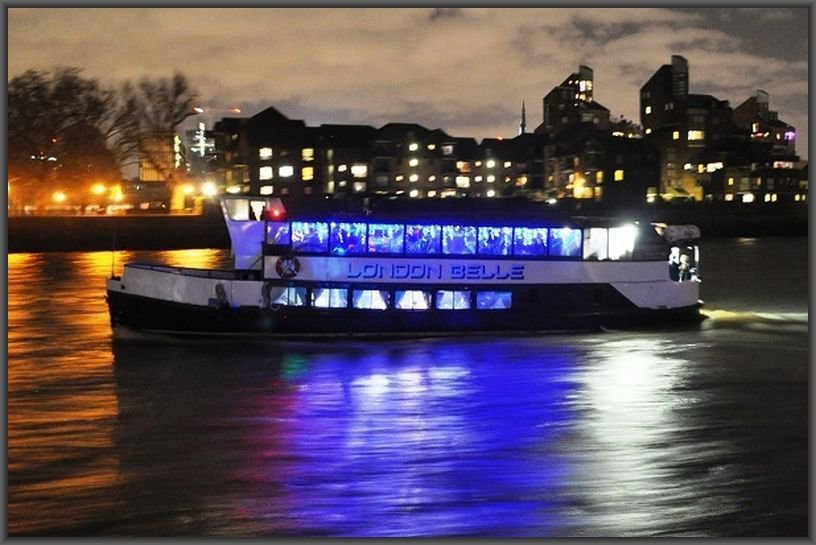 Christmas Boat Party London.London Party Boats Photo Gallery